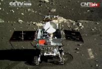 Color photo of the moon's most recent visitor, Jade Rabbit. Credit: CCTV.